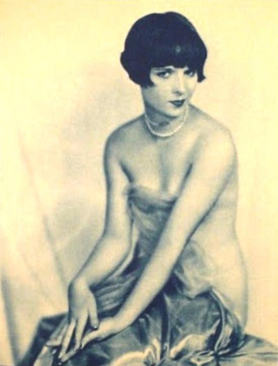 Edwin Bower Hesser. Louise Brooks 1925. Via sphotos-a.xx