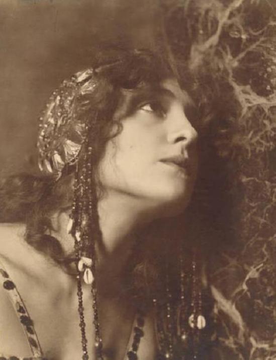 Emilio Sommariva. Lyda Borelli 1911 Via lombardiabenicultura