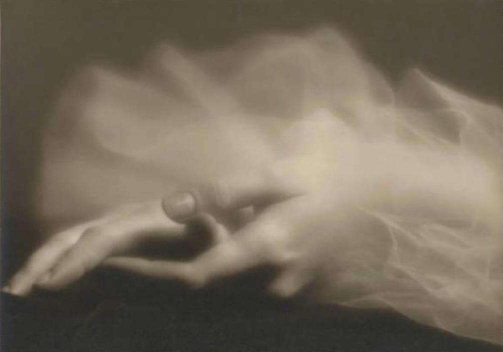 Emilio Sommariva1. Mains d'Anna Penagini 1935 Via lombardiabenicultura