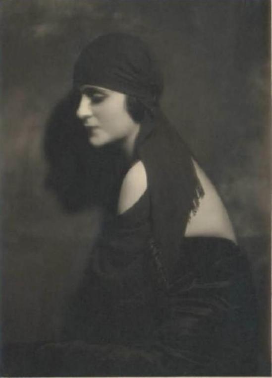 Emilio Sommariva1. Zetty Miller 1925-1926 Via lombardiabenicultura
