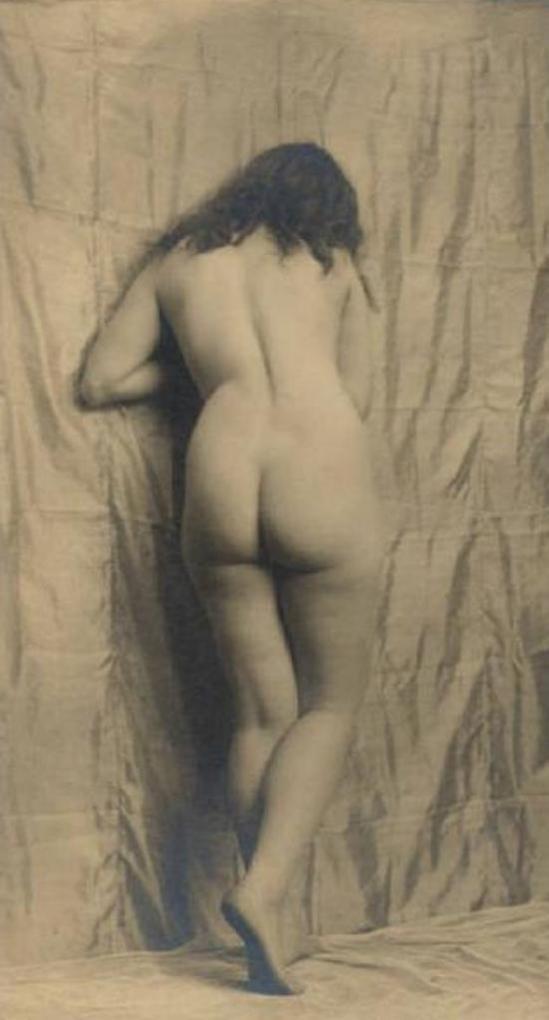 Emilio Sommariva9. Nu féminin 1916-1924 Via lombardiabenicultura