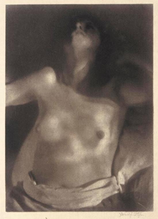 Heinrich Kühn. Nu sur le dos 1920 Via mutualart