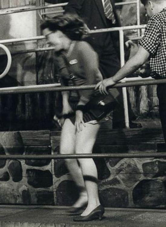 Leo Dohmen. Au malheur des dames 1958