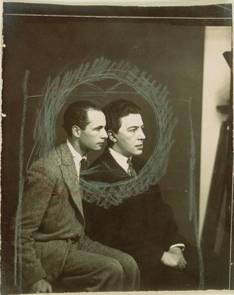 Man Ray. André Breton et Louis Aragon 1929 Via RMN