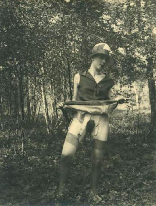 Monsieur X. Fille de maison close dans un sous-bois vers 1930 Via drouot
