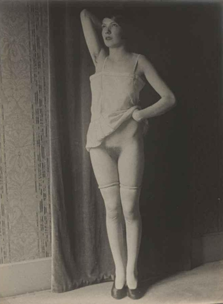 Monsieur X. Nus et polissonneries 1930 Via mutualart