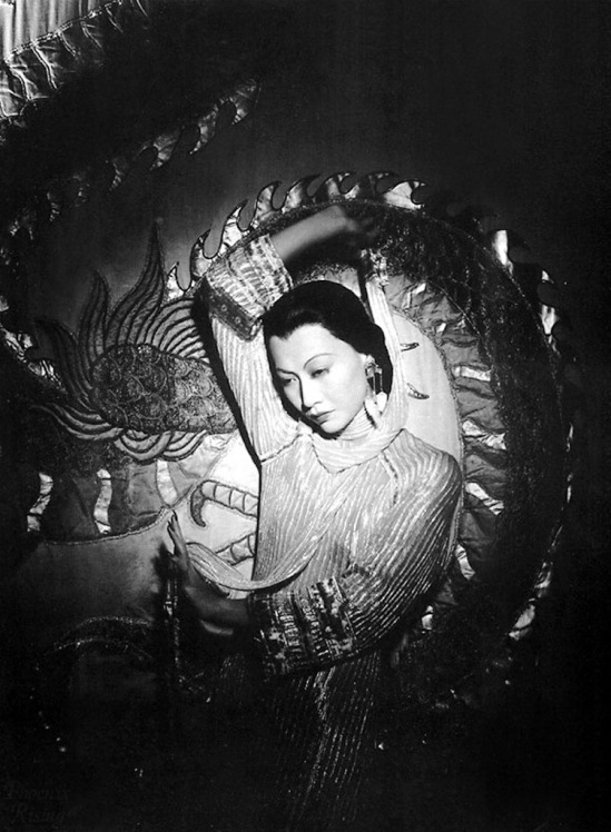 Anna May Wong in Shangai express 1932  Via doctormacro