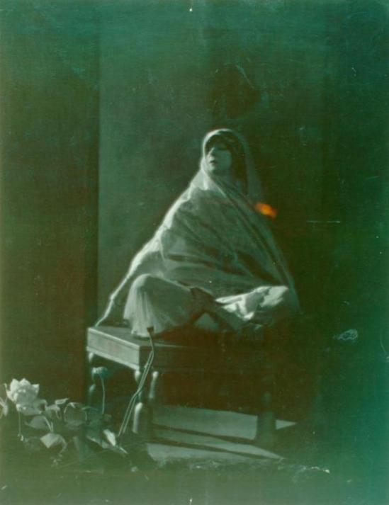 Arthur Kales. Ruth St. Denis in Light of Asia, a religious drama given at the Krotona Theosophical Society with Walter Hampden as Budd... (1918) Via nypl