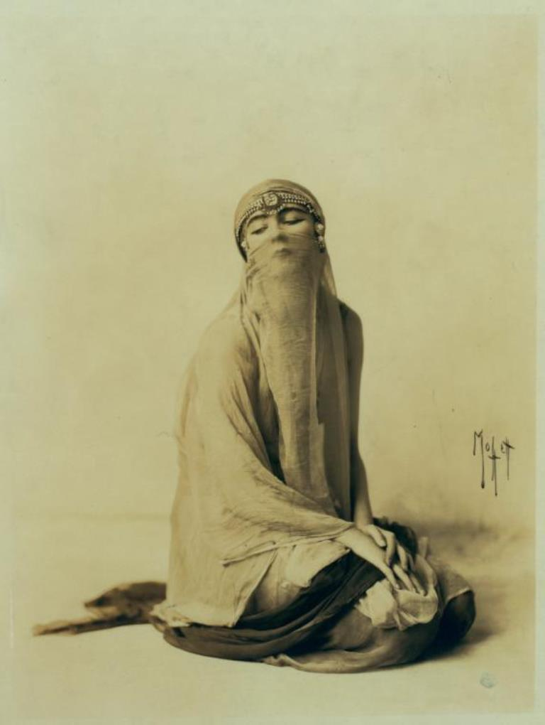 Baron Adolph de Meyer.Ruth St Denis in Ourieda, a Romance of the Desert. (1914) Via nypl
