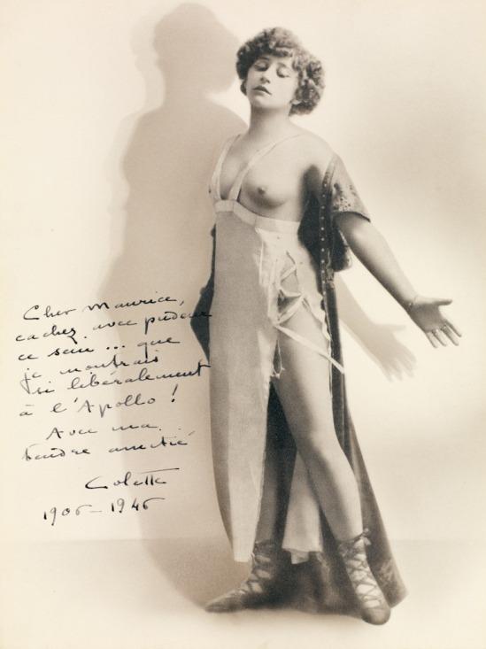 Colette aux seins nus 1906