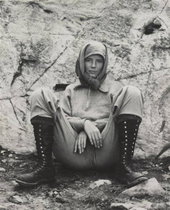 Edward Weston. Charisat lake  Ediza 1937. Via mutualart