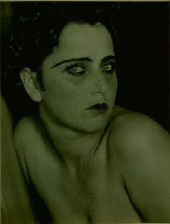 Edward Weston. Nahui Olin 1924. Via historicalzg
