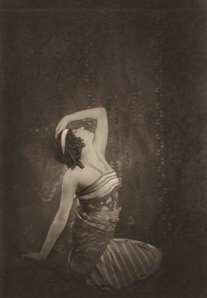 Emil  Otto Hoppé. Sophie Fedorova as Ta-Hor in Cleopatra 1911 Via npg