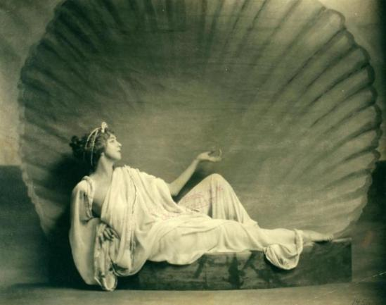 Nickolas Muray. Ruth St. Denis as Venus in Cupid and Psyche at Mariarden. (1923) Via nypl