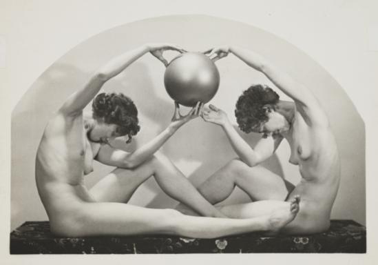 Palmer, Arthur. Decorative arrangement 1933 Via nationalmediamuseum