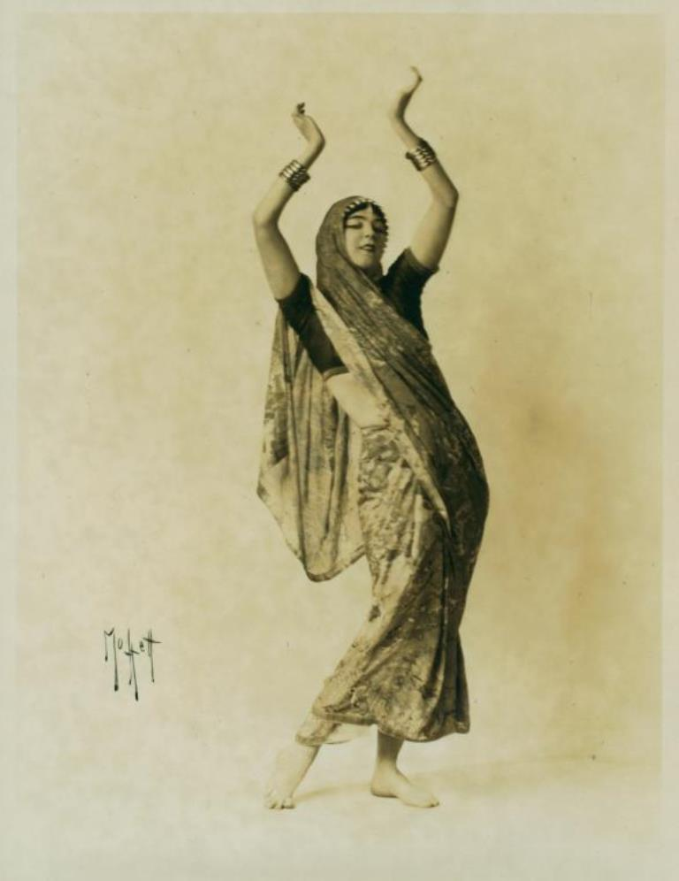 Ruth St Denis, in costume, no specific dance. (1916-1917) Via nypl