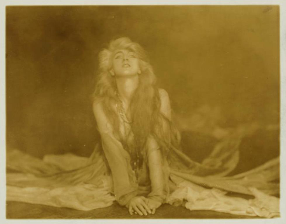 Ruth St Denis in Spirit of the Sea. (1916) Via nypl