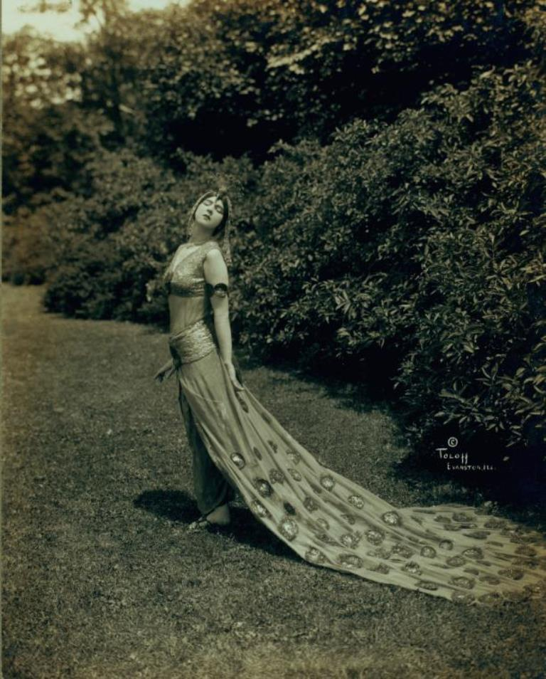 Ruth St Denis in The Peacock, at Ravinia Park a few days after the world premiere. (1914) Via nypl