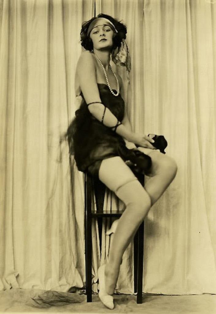 Charles Gates Sheldon for Fox Shoes 1920 Via vintagechampanever