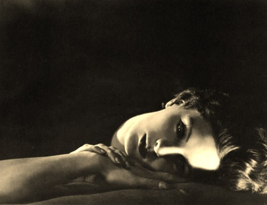George Hoyningen-Huene 1928. Via casimages