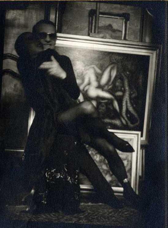 Pierre Molinier. Autoportrait à la poupée 1970 Via galerie verdeau
