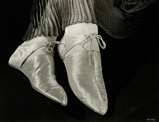 Ilse Bing, Shoes for Harpers Bazaar 1935 Via vam.ac.uk