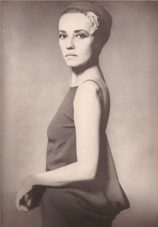 Jeanne Moreau in Cardin's plunging cowl Via devodotcom