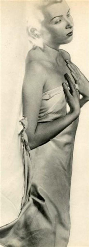 Man Ray. Femme Nue s'est enveloppée 1936 Via liveauctioneers