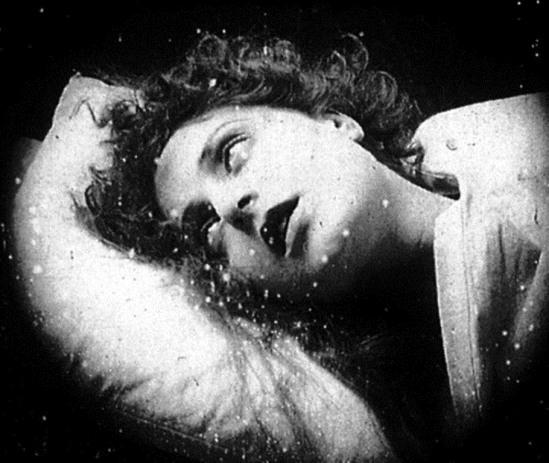 """Pina Menichelli in """"Storia di una donna"""" directed by Eugenio Perego 1920"""