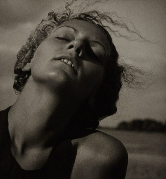 Rudolf Koppitz. Liane Haid, Weissensee 1930 Via invaluable