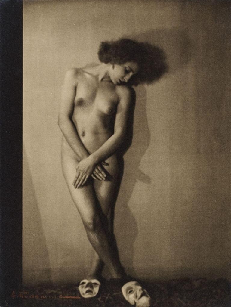 Albert Rudomine. Nu avec masques 1930 Via mutualart