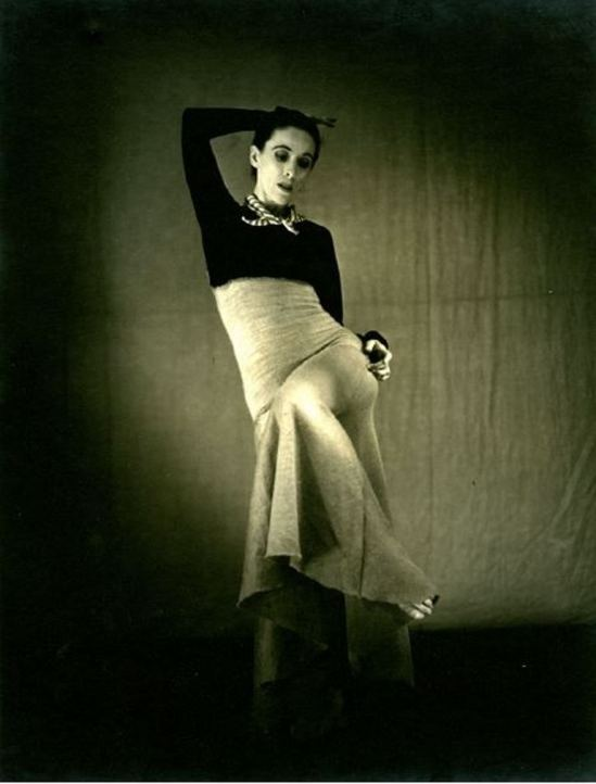 Barbara Morgan. Martha Graham, Deep song 1930 Via haggertymuseum
