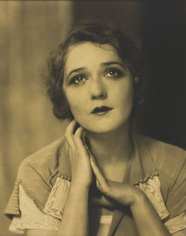 Edward Steichen. Mary Pickford 1924 Via artic.edu