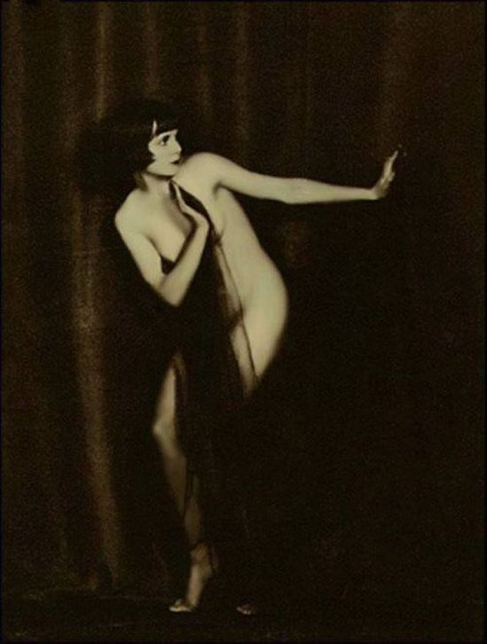 Louise Brooks Via julie kirby on pinterest