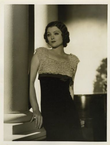 Myrna Loy4 Via filmsnoirsphotos