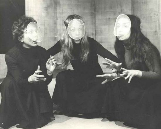 The weird sisters played by Susie Jenkinson,Philippa Gail and Pauline Menear in Macbeth 1978 Via perforingarts