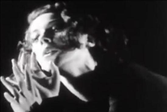 Tilly Losch. Dance of her hands 1930-1933. Capture d'écran
