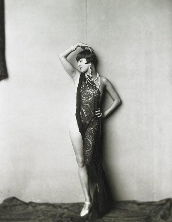 Alfred Cheney Johnston. Ziegfeld dancer 1925 Via invaluable