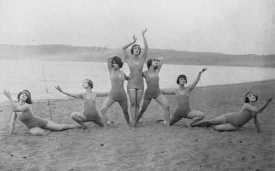 Denishawn Dance Company during the 1922-1923 season. Martha Graham is center, Louise Brooks is second from the right Via louisebrookssociety