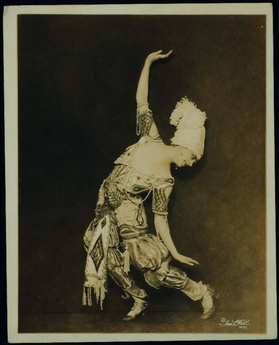 Flore Revalles. Costumed for the ballet Schéhérazade. Via nypg