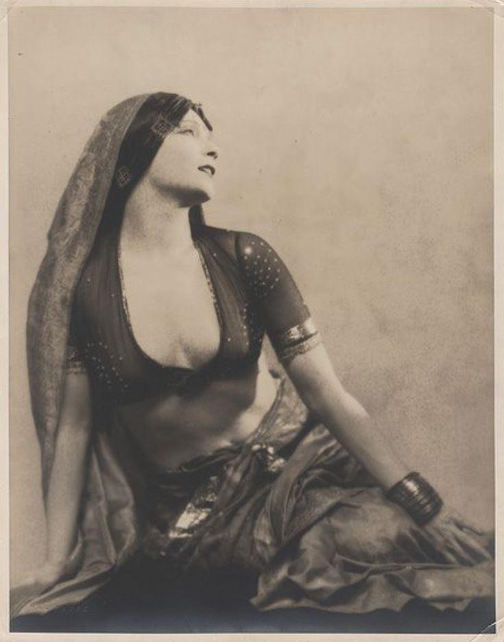 Hal Phyfe. Gilda Gray 1927. Via thefashionspot