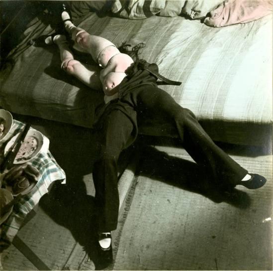 Hans Bellmer. Les jeux de la poupée 1949. Via fiac