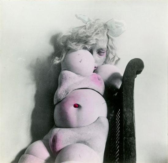 Hans Bellmer3. Les jeux de la poupée, 1949. Via fiac
