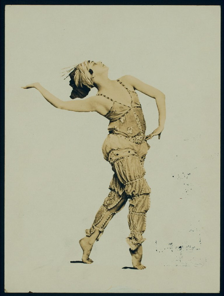 The dancer and actress Flore Revalles, costumed for the ballet Schéhérazade. Via nypl
