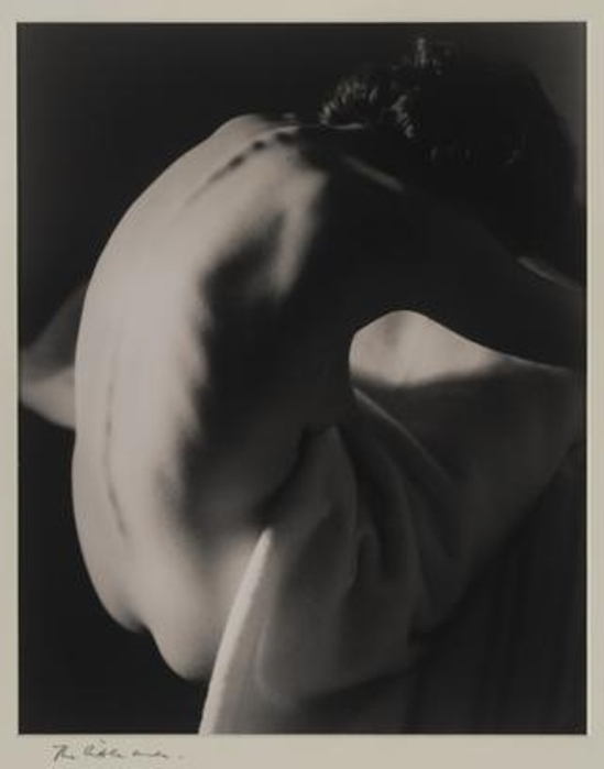 Max Dupain. The little nude 1938. Via mutualart