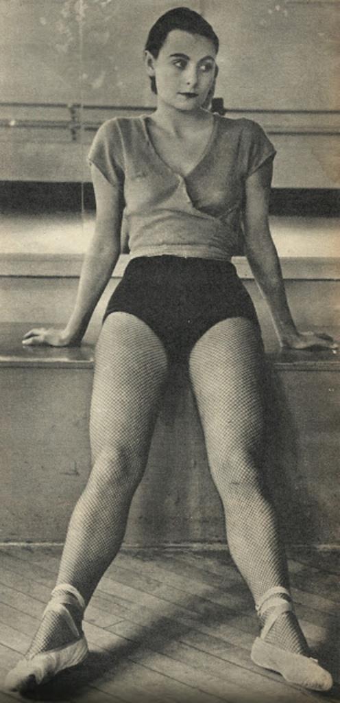 Philippe Halsman. Enrica Soma 1940s