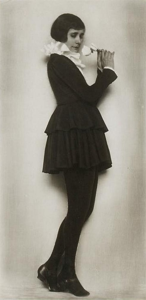 Trude Fleischman (1895-1990. The dancer Else Wiesenthal. Via invaluable