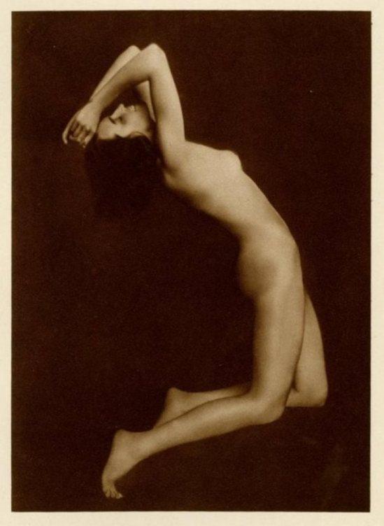 Trude Fleischman. Amerikaner Akt #3 1920. Via liveauctioneers
