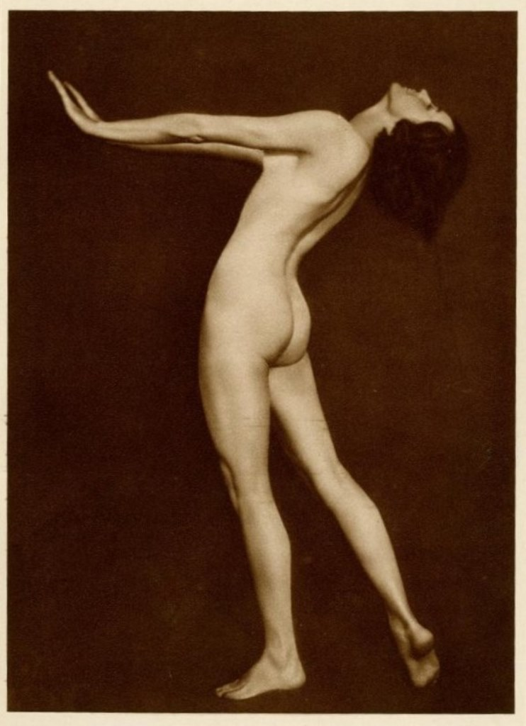 Trude Fleischman.  Dancer Claire Bauroff  1920. Via liveauctioneers