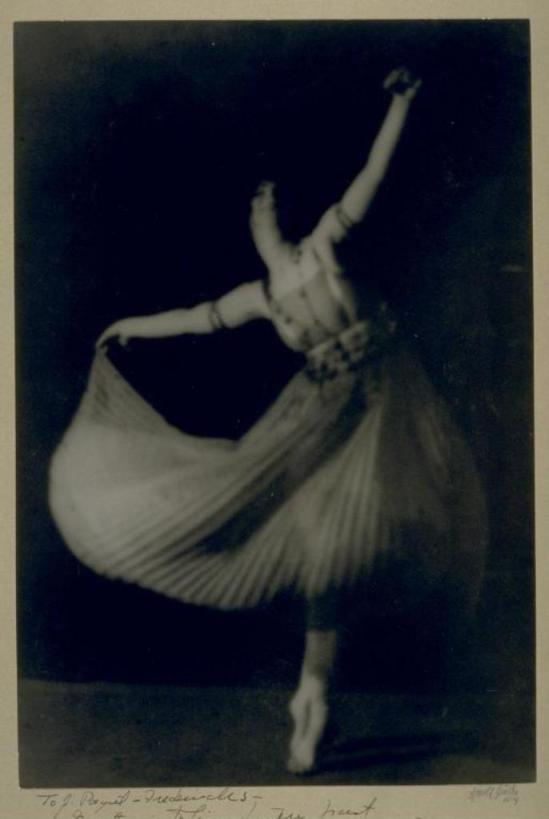 Arnold Genthe. Ruth St Denis 1914. Via cdlib.org